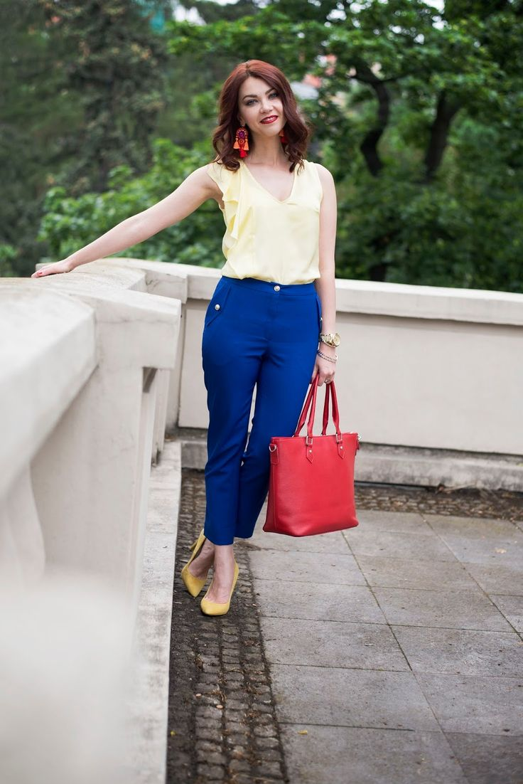 Summer look, blue trousers, yellow shirt, yellow pumps, red bag