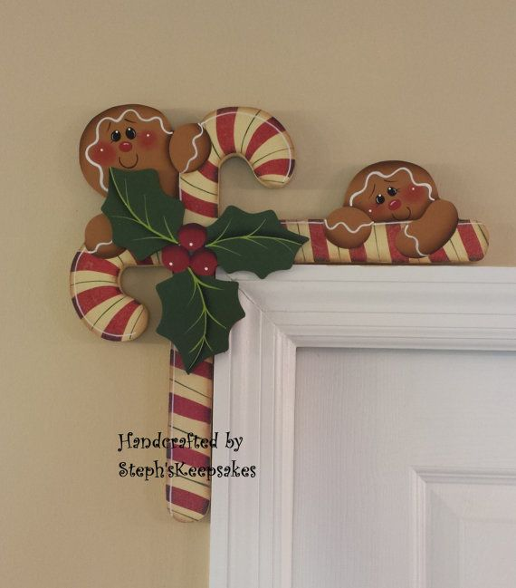 Hand Painted Gingerbread  and Candy Canes Door por stephskeepsakes