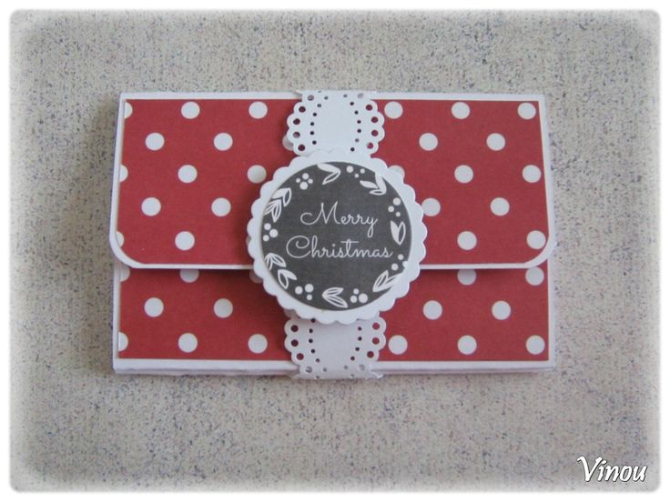 Tuto pochette carte cadeau de Vinou : fermée : http://vinoucreations.canalblog.com/archives/2015/10/24/32821740.html