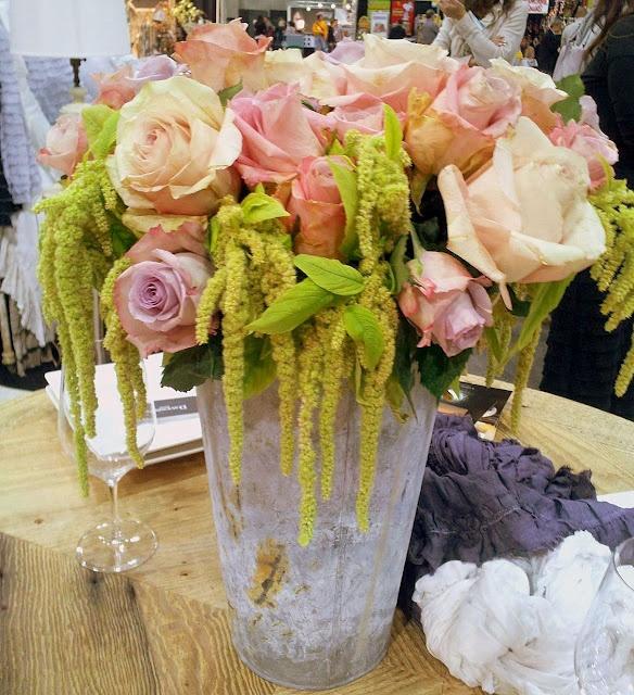Water Color Roses in Flower Bucket: Color Roses, Green Thumb, Favorite Flowers, Vintage Weddings, Watering Cans, Beautiful Blooms, Water Color, Flower Gardens