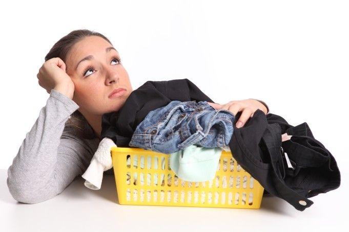 Как очистить жевательную резинку с одежды