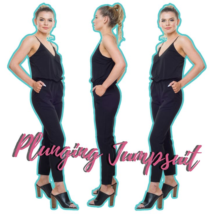 Street chic! 💕 Plunging Jumpsuit in Black 🖤