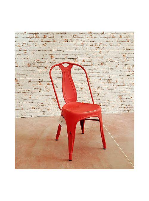 Sedia in ferro stile industriale effetto vintage, i particolari della sedia sono con una verniciatura che crea un effetto vintage. Queste sedie sono perfette per qualsiasi ambiente grazie alla loro particolare forma e alla scelta dei colori.  Colore: Rosso  Misure: H 86,8 cm x L 42 x H seduta 45 cm