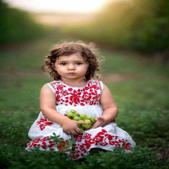 كل المواقف التي تمر بنا ستصبح يوما ما ذكرى لطفا بنا وبكم اجعلوها جميله Flower Girl Dresses Girls Dresses Dresses