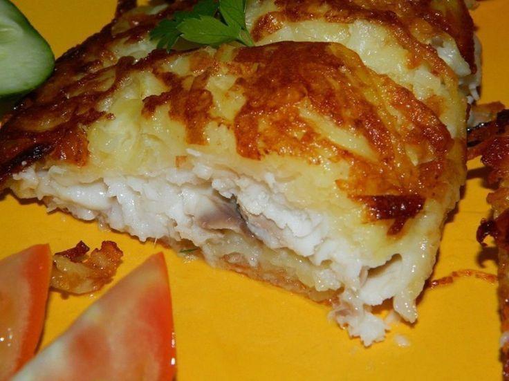 Ингредиенты:     ●  филе рыбы (я брала тилапию) - 6 шт.;   ●  картофель - 7-8 шт.;   ●  сыр - 70 г;   ●  яичный белок - 2 шт.;  ...