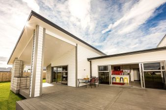 Stunning weatherboard home with a family focus  #Niagara #Envira #Timber #Ashburton #Invercargill #Southland #Weatherboards #Cladding #Bevelback #Rusticated #Linea #Wooden weatherboards #Fullyspecified #Fascia #Laminated posts #Scribers #Windowsills #Mouldings #Box corners #Corner soakers #Cavitybattens #Shiplap #Skirting boards #Architraves #Compositedecking #TimberTech #Splinterfree #Deckingoptions