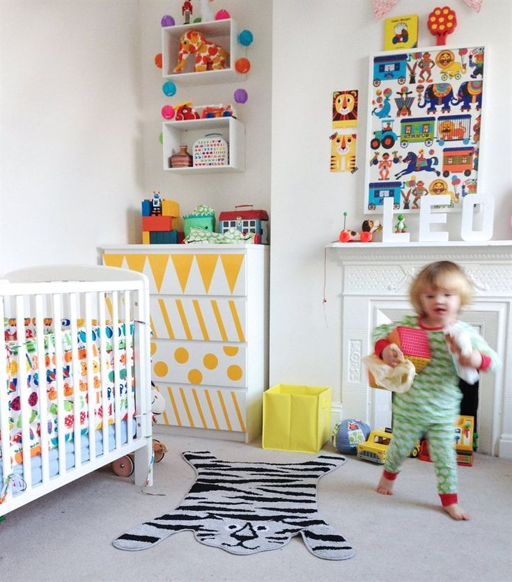 Patterns, patterns, patterns | Inspire your kids creativity with an assortment of shapes and stripes | Ninas colourful home in London