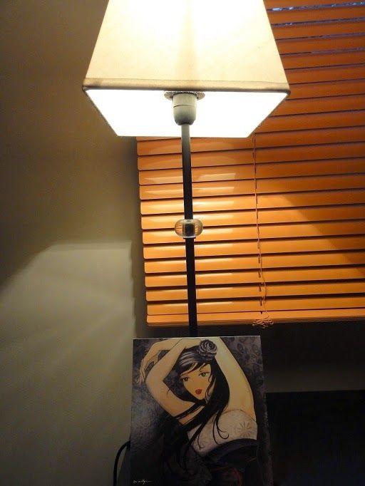 Les cartes postales d'Eva Lhyn : http://www.menagere-trentenaire.fr/2012/06/05/cartes-postales-eva-lhyn