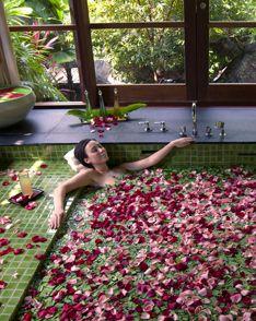 .Spa Pm, Heavens Bath, Bath Envy, Spa Day, Petals Bath Luxury, Luxury Bath, Size Bath, Petals Bath I, Perfect Spa