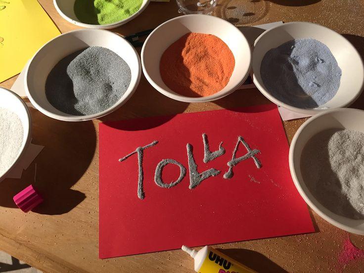 Ob Kindergeburtstag oder Adventnachmittag, oder einfach für Weihnachtskarten - diese Technik lieben kleine, große und ewige Kinder: Sandbilder selbst machen