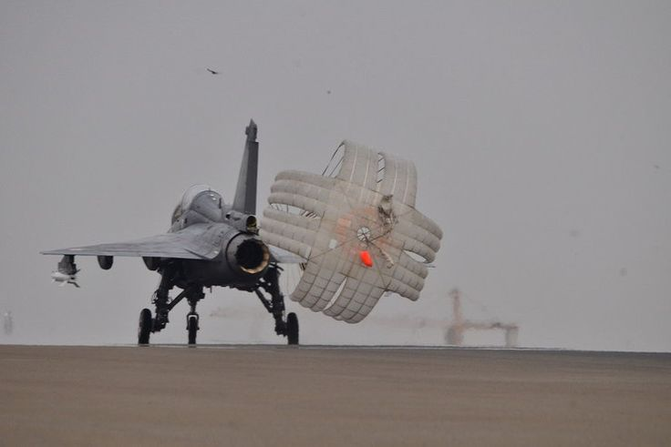 HAL Tejas - parachute deployed at landing