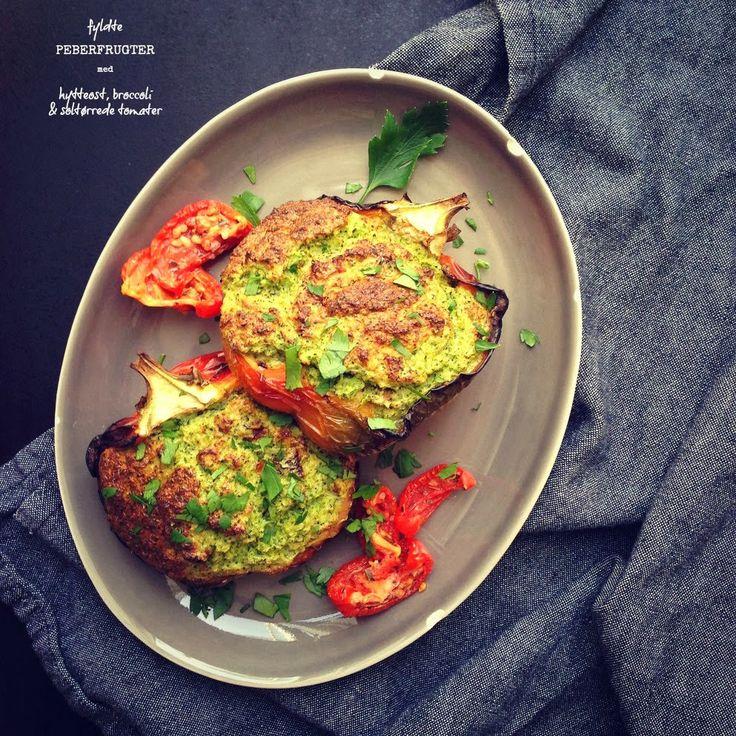 Vanløse blues.....: Fyldte peberfrugter med hytteost, broccoli & soltørrede tomater