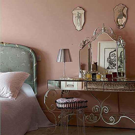 Girly bedroom. Pretty mirrored vanity