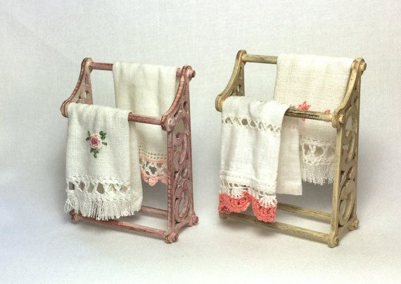 Hey, I found this really awesome Etsy listing at https://www.etsy.com/no-en/listing/242488536/porta-asciugamani-stile-shabby-chic-con