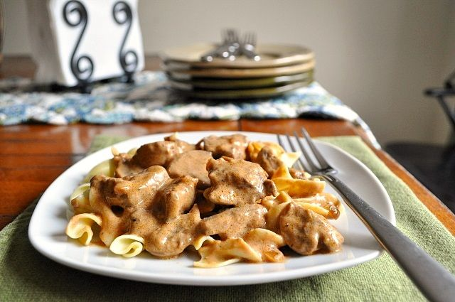 Little B Cooks: Chronicles from a Vermont foodie: Beef Stroganoff
