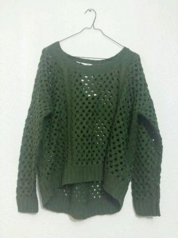 Suéter verde militar