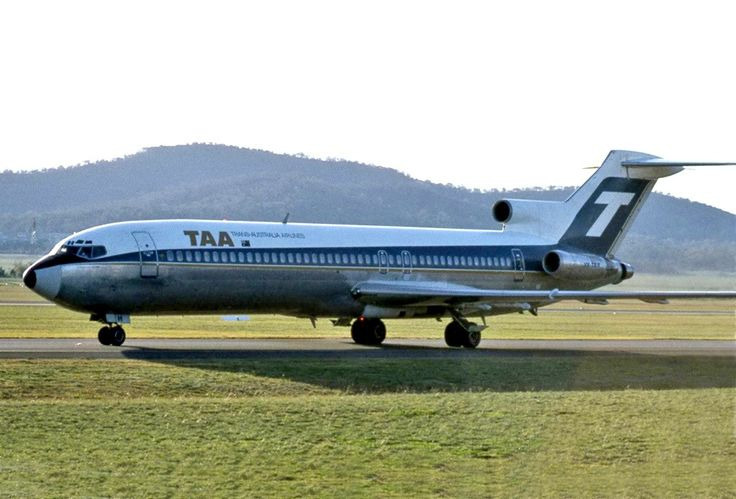 Trans Australia Airlines Boeing 727-276 (VH-TBH)