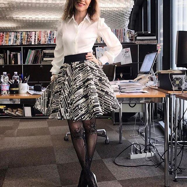 W e l o v e @grazia_it • t h a n k y o u Editor-in-Chief @silvia_grilli • Our Jackie O' ⭐️ #graziaitalia #newcollection2017 #limitededition #m⭐️magioielliaroundtheworld
