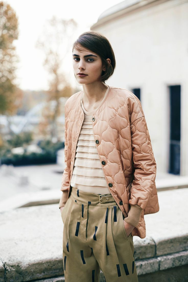 Sonia by Sonia Rykiel Pre-Fall 2015 -- pink jacket & print khaki pants #style #fashion