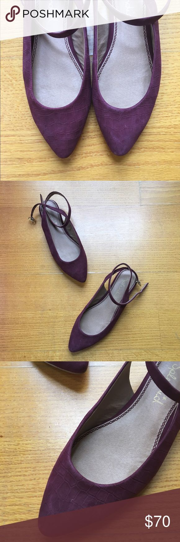 NWOT splendid flats Super cute flats from splendid. Maroon imprinted leather, only tried on. Strap wraps around ankle 💕 Splendid Shoes Flats & Loafers