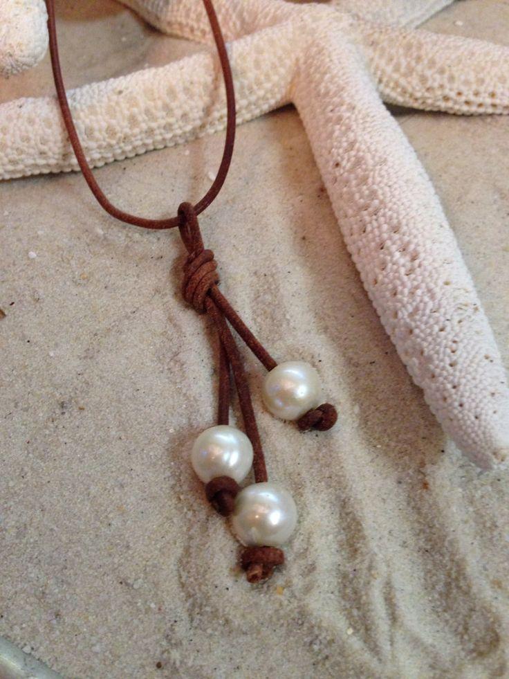Perla de río y cuero 3 collar collar perla y por Sandandseapearls