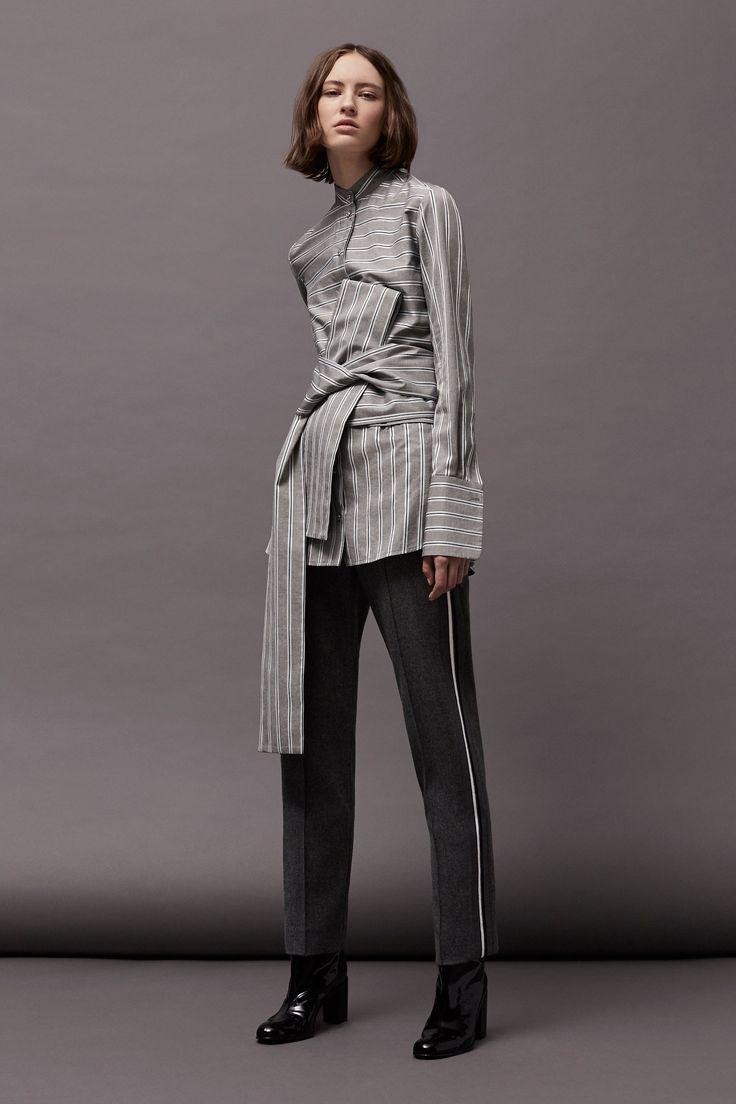 Victoria Victoria Beckham Fall 2017 Ready-to-Wear Collection Photos - Vogue