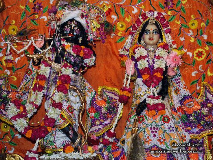 Sri Sri Radha Parthasarathi Wallpaper  click here for more sizes http://harekrishnawallpapers.com/sri-sri-radha-parthasarathi-iskcon-delhi-wallpaper-013/