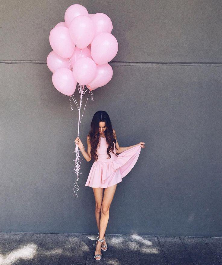 как красиво сфотографироваться с воздушными шарами так