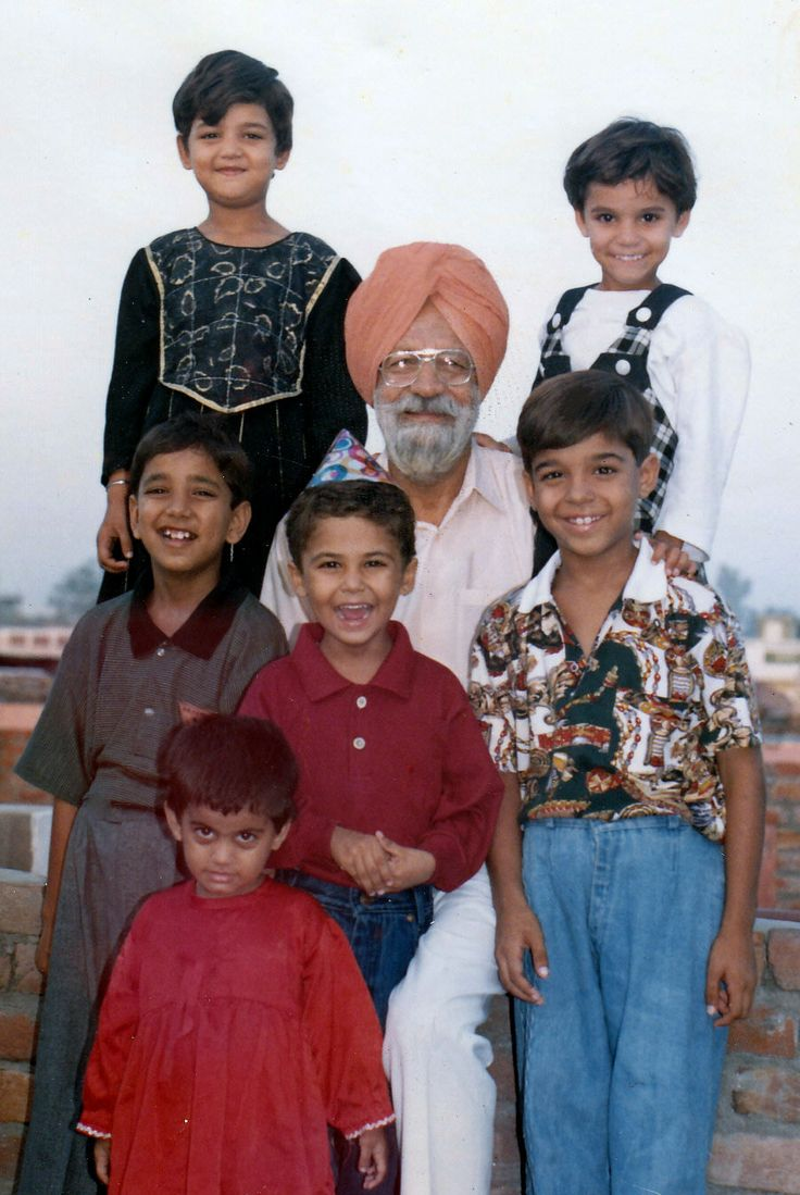 Harry With Dada ji, Rony, Jannat, Muskaan, Honey & Guggu