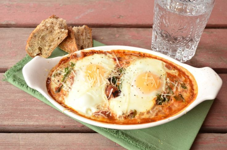 Baked Eggs with Tomato Sauce, Spinach   Breakfast   Pinterest