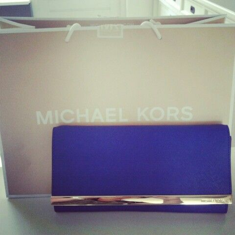 Beautiful colour and clutch  Tilda by Michael Kors.