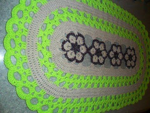 Tapete de crochê oval simples com flores rasteirinhas - ByActual - YouTube