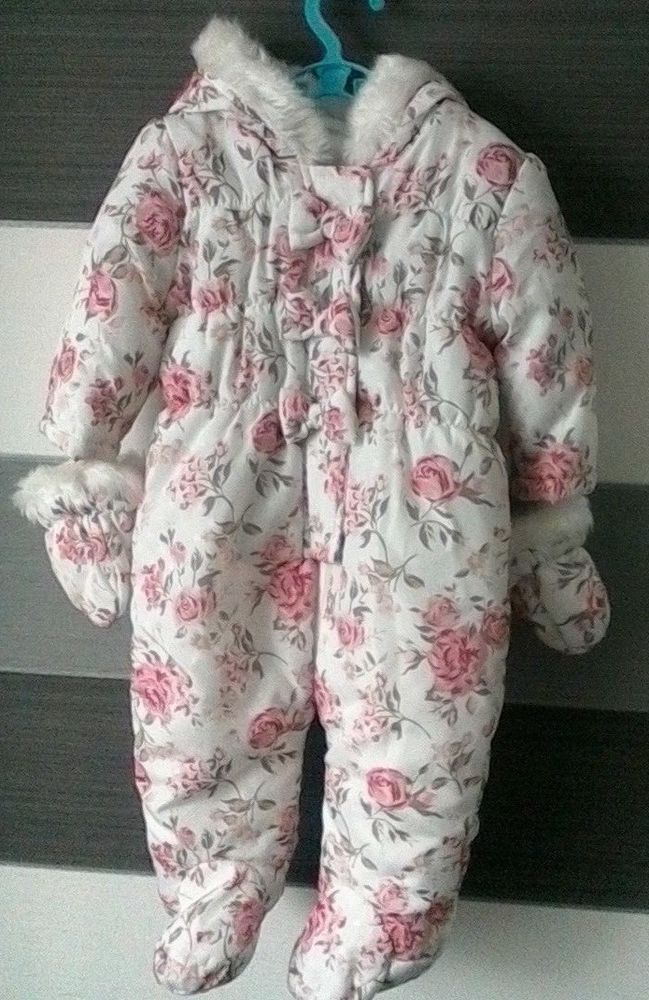 6902424c4 Baby Girls Snowsuit with Hood and Removable Mittens Rose Pattern 3-6 ...