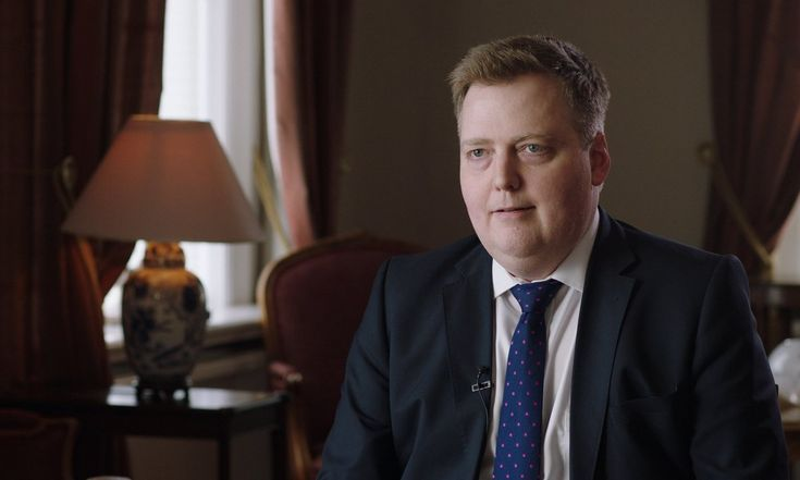 Iceland's prime minister walks out of interview over tax haven question – video | News | The Guardian