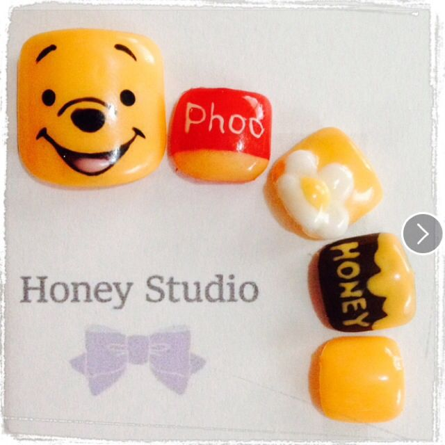 Winnie the Pooh nail