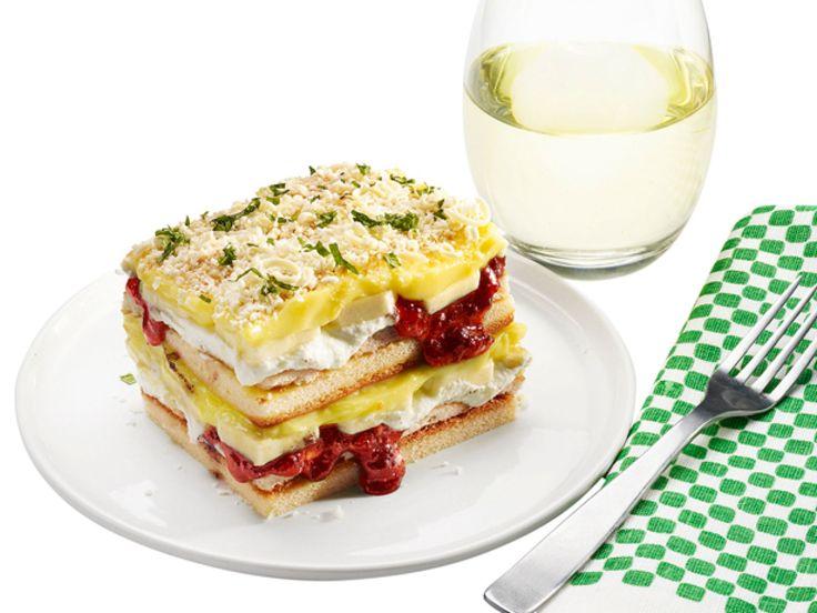 36 bsta bilderna om food network magazine cakes p pinterest april fools lasagna banana pudding cake recipe from food network kitchen via food forumfinder Image collections
