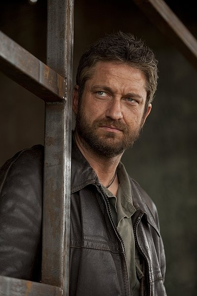 Gerard Butler in Coriolanus. I've always respected Gerard Butler for being able to act in so many genres, (ie: starring in both PS I Love You and Olympus has Fallen for crying out loud.) But finding out he makes a killer Tullus Aufidius makes him just about perfect.
