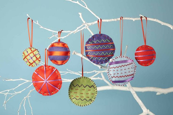felt baubles - Google Search