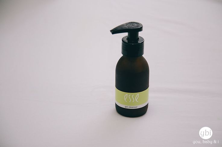 The organic touch - Esse Organic Skincare Gel Cleanser. Wonderful review courtesy of @youbabyandi #skincare #beauty #Esse #cleanser