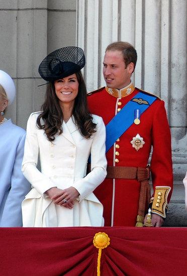 : Alexander Mcqueen, Duchess Of Cambridge, Prince Williams, White Coats, Buckingham Palaces, Kate Middleton, Middleton Style, Celebrity Fashion, Royals Families