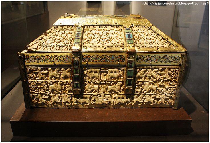 ARQUETA DE SANTO DOMINGO DE SILOS - Museo Provincial (Burgos).
