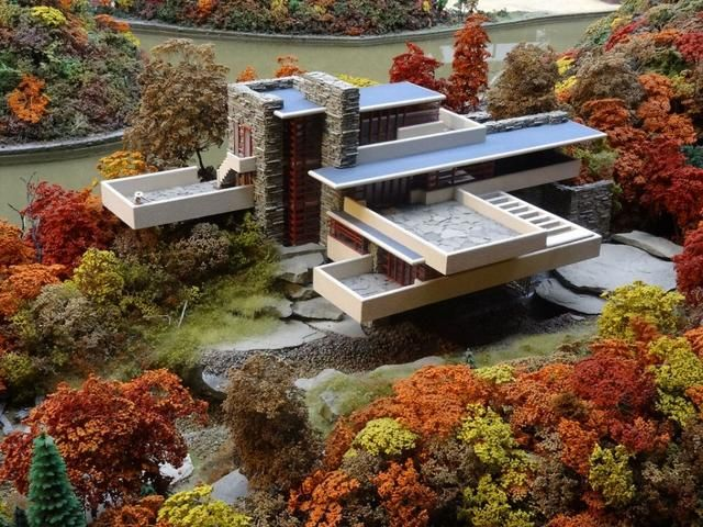 Waterfall House - In 1935, architect Frank Lloyd Wright designed this incredible house (Fallingwater) that re-ignited his architectural career. It's a home that presents an architecture conforming to nature.