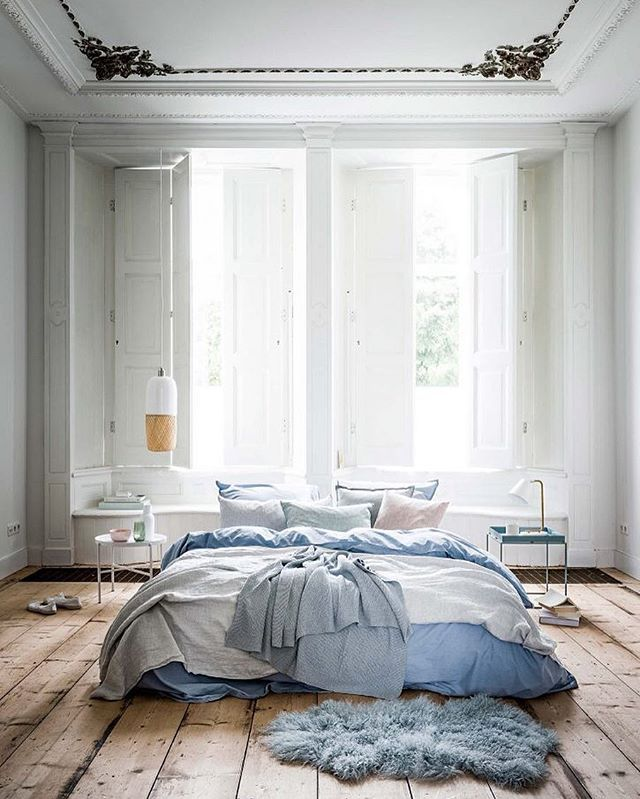 | b e d r o o m  b e a u t y |  What a bedroom! The floor, the ceiling, the window shutters, the details - I love everything about it! | Styling by Cleo Scheulderman | Photo by Sjoerd Eickmans for vtwonen  #Bedroominspo, #vtwonen, #cleoscheulderman, #sjoerdeickmans, #sovrumsinspo, #bedroombeauty, #goodnight, #styleandcreate