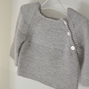 grey jumper raglan buttons