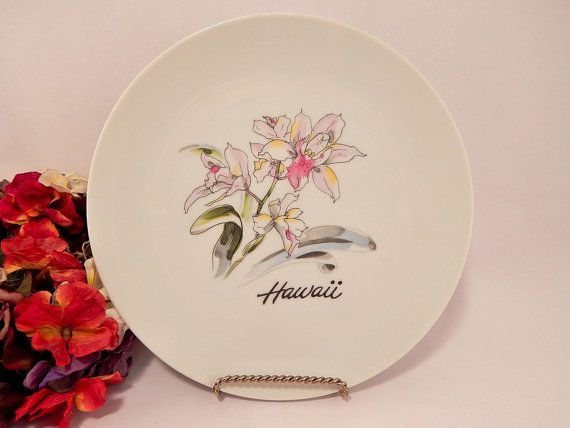 Wall Hanging Plate Hawaii Lily Flower Travel by TKSPRINGTHINGS