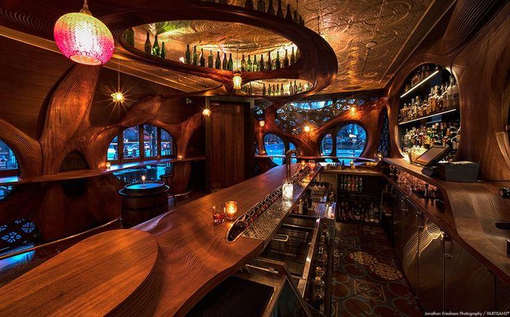 Bar-Raval-ceiling-lighting