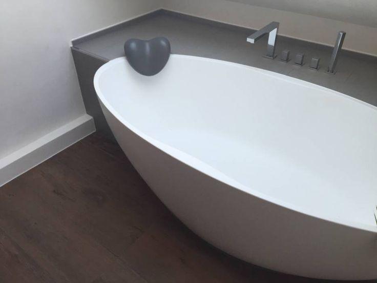 Moderne Badezimmer Bilder: Einbau Dokumentation Eines Badeloft Kunden  Anhand Der Freistehenden Badewanne BW 04   Freistehende Badewanne, Moderne  Badezimmer ...