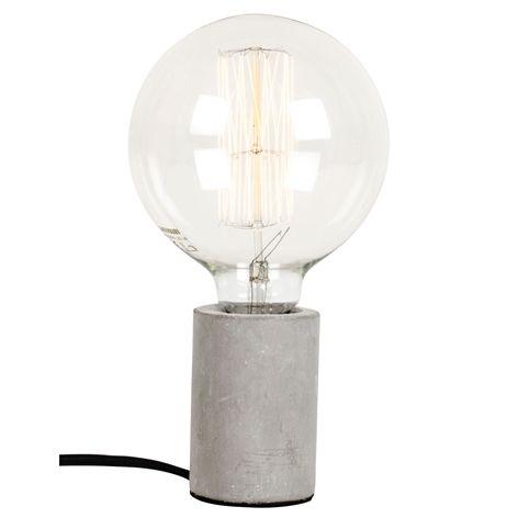 Lampfot BETONG. . Lampfot i betong. Svart textilsladd med vägguttag, längd 3,5 m.  Kan användas både som bordslampa och som pendel.  Sockel E27, max 60W. Glödla