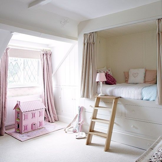 Girl's bedroom | Herfordshire barn conversion | House tour | PHOTO GALLERY | Country Homes & Interiors | Housetohome.co.uk