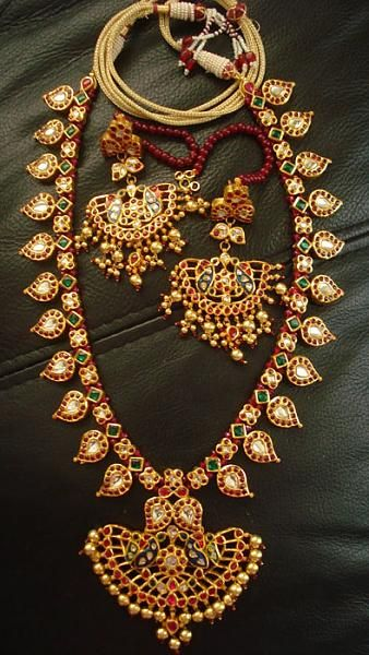 Indian Antique/ Temple jewellery. Mango design necklace and earrings. Indian jewelry.
